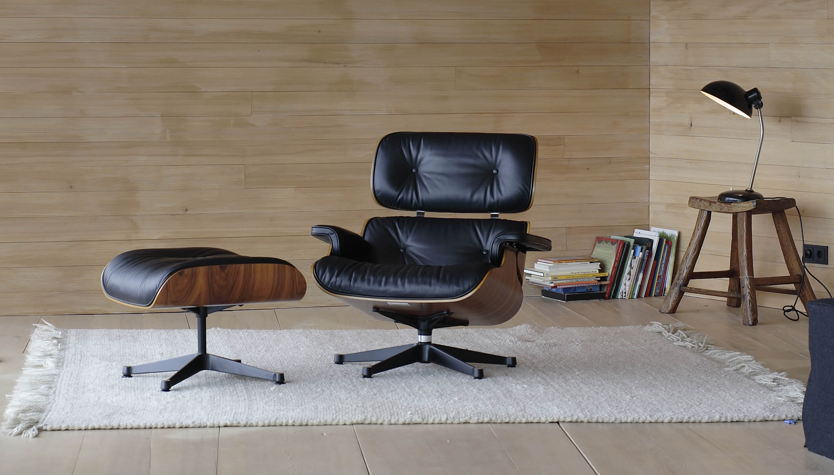 Vitra Lounge Chair Replica the eames lounge chair was voted a public favorite in home
